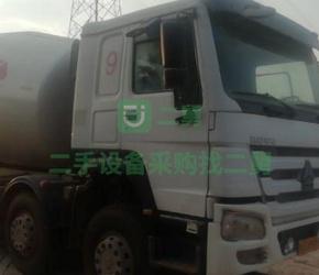 急售9成新搅拌车豪沃唐山亚特上装江苏省淮安市